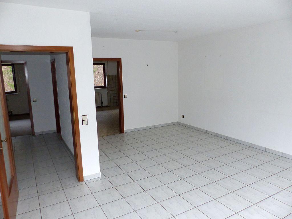 Wohnbereich Richtung SZ u. Küche