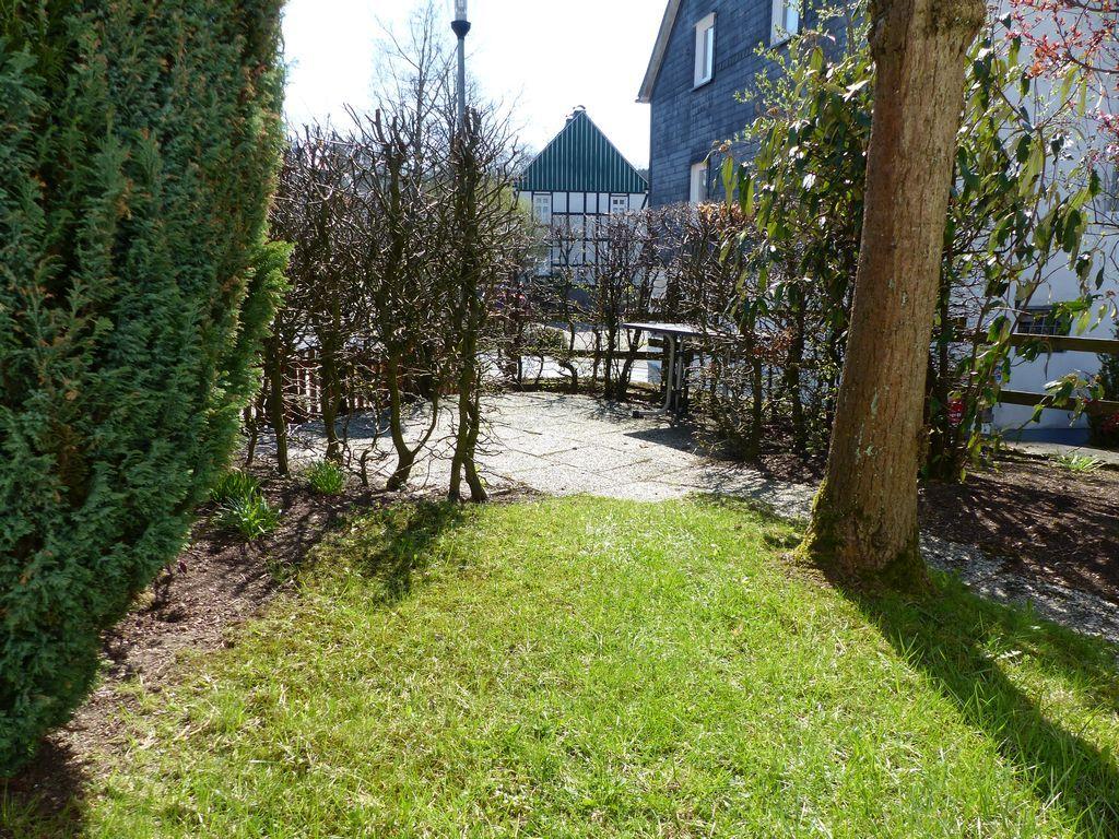 Kl. Garten mit Terrasse