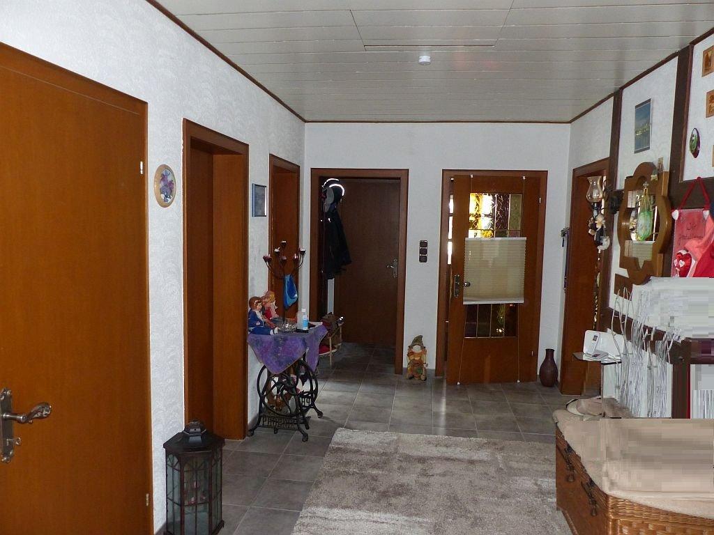 Whg. I: Große Wohndiele (mit Dachluken-Treppe)