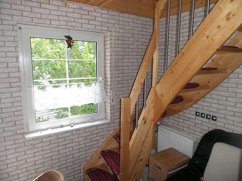 Whg. 2: Treppe zum Spitzgiebel
