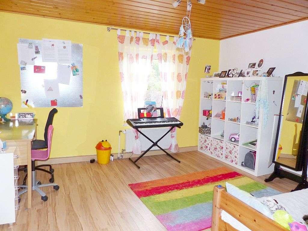 OG-Whg.: Beispiel Kinderzimmer