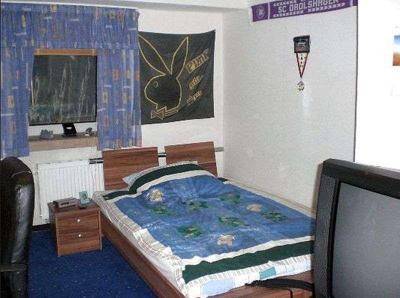 EG-Whg.:  Kinderzimmer